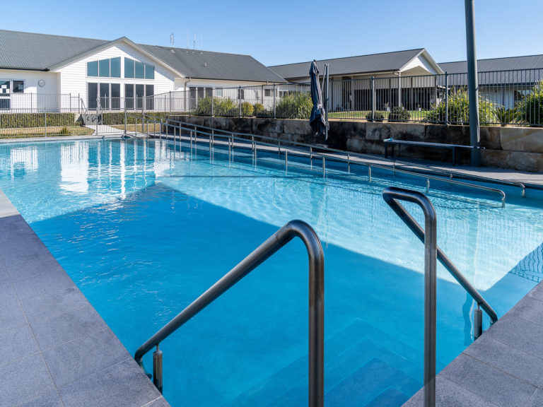 Horizons-Retirement-Village-Outdoor-Pool-3-of-3-1-768x576 | RSL LifeCare - provide care and service to war veterans, retirement villages and accommodation, aged care services and assisted living